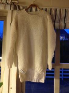 Genser strikket til Silje ( kjæresten til min sønn ) 18 års gave 7.desember 2013